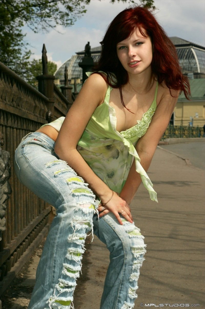 dasha anya nude  Dasha – Postcard from St. Petersburg