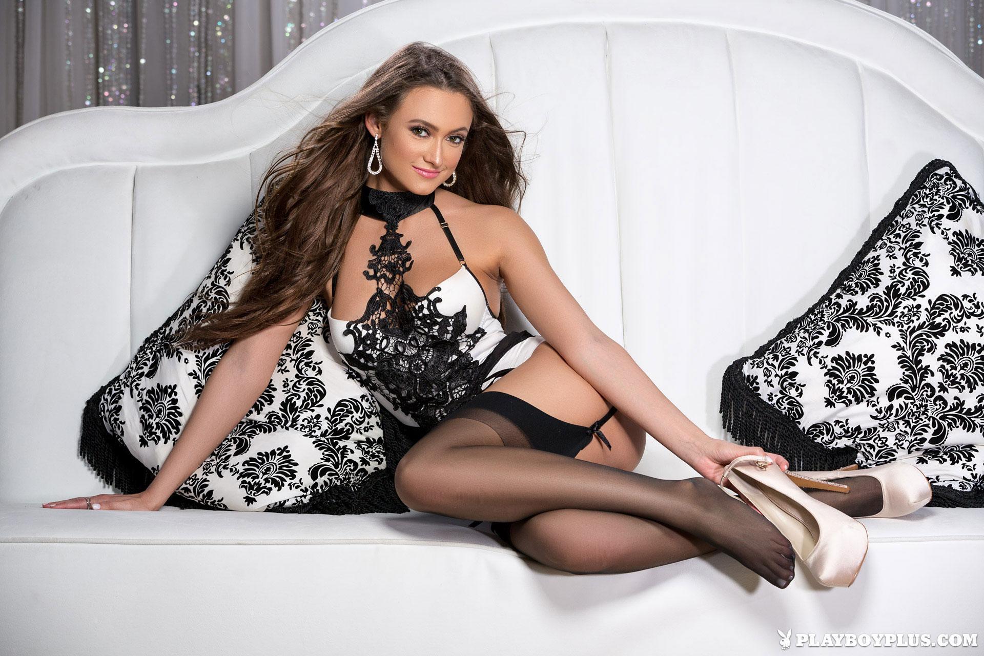 deanna-greene-stockings-garters-nude-playboy-04