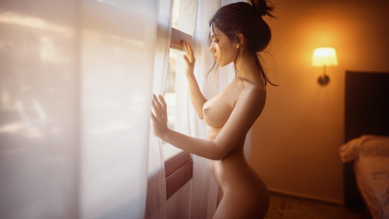 erotika-devushek-bez-tsenzuri-video-realnih-izbieniy-prostitutok