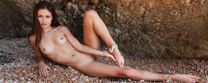 Demi Fray by the seaside