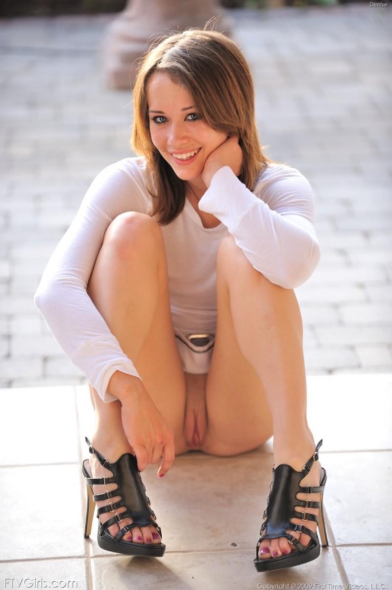 Denise In Miniskirt - Redbust-3377
