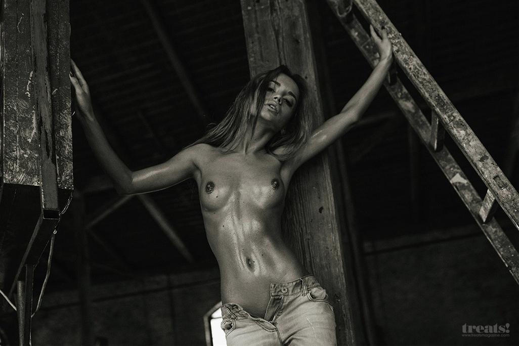 ekaterina-zueva-erotic-nude-serge-lee-treats-magazine-01