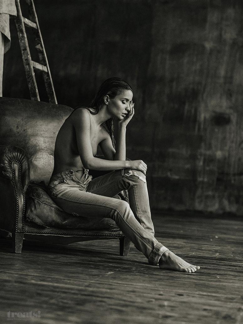 ekaterina-zueva-erotic-nude-serge-lee-treats-magazine-14