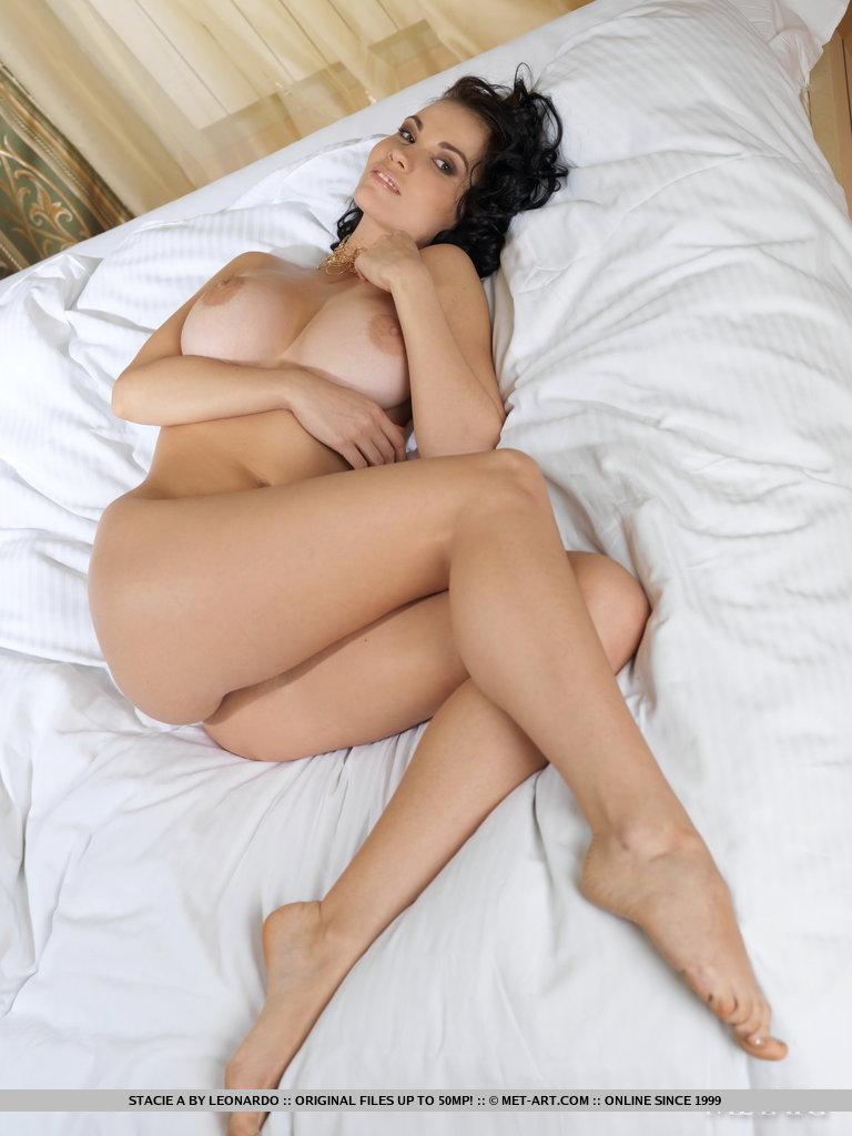 Eliana  Nude In High Heels - Redbust-7934