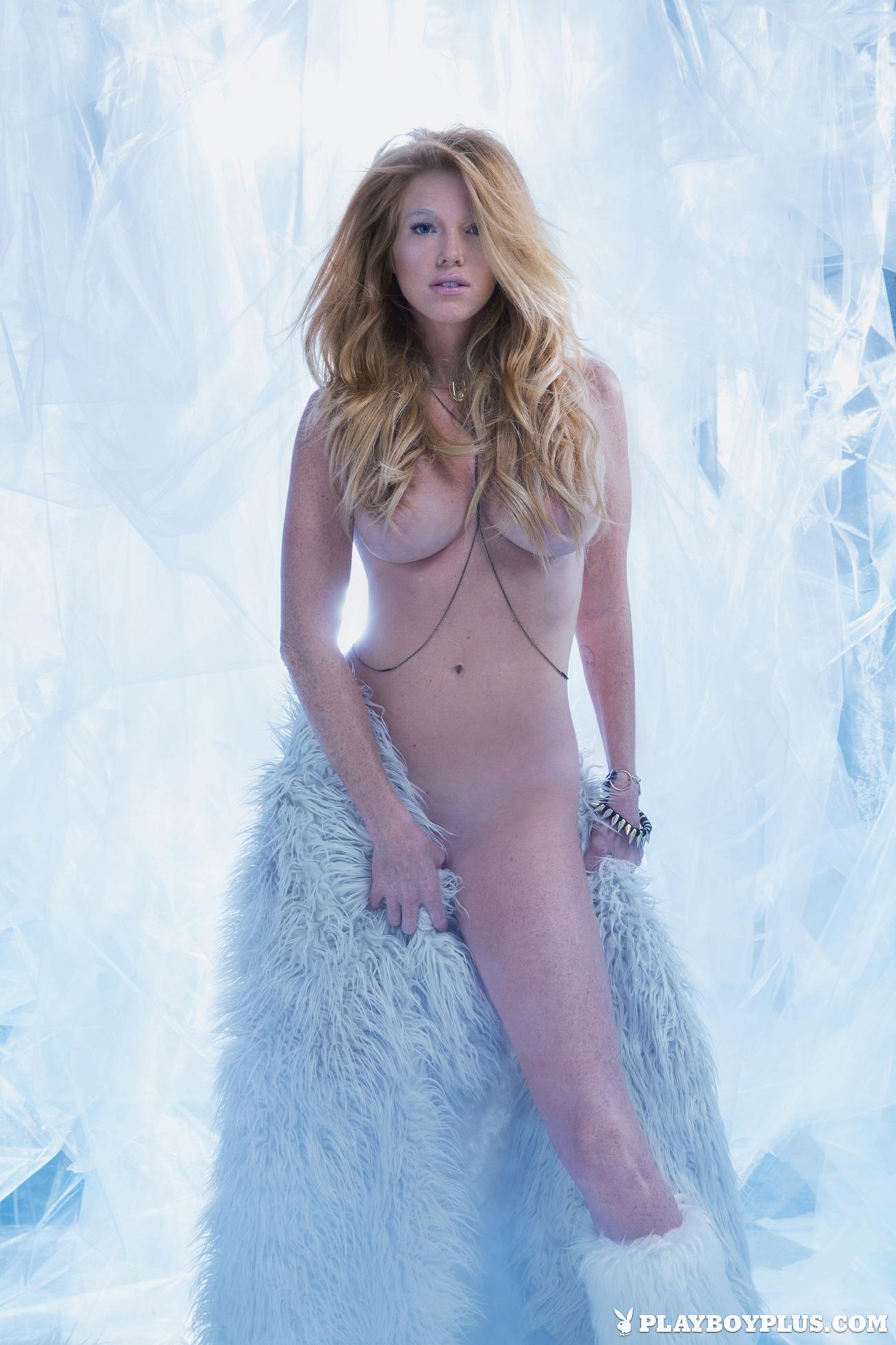 elizabeth-ostrander-redhead-ice-nude-playboy-01