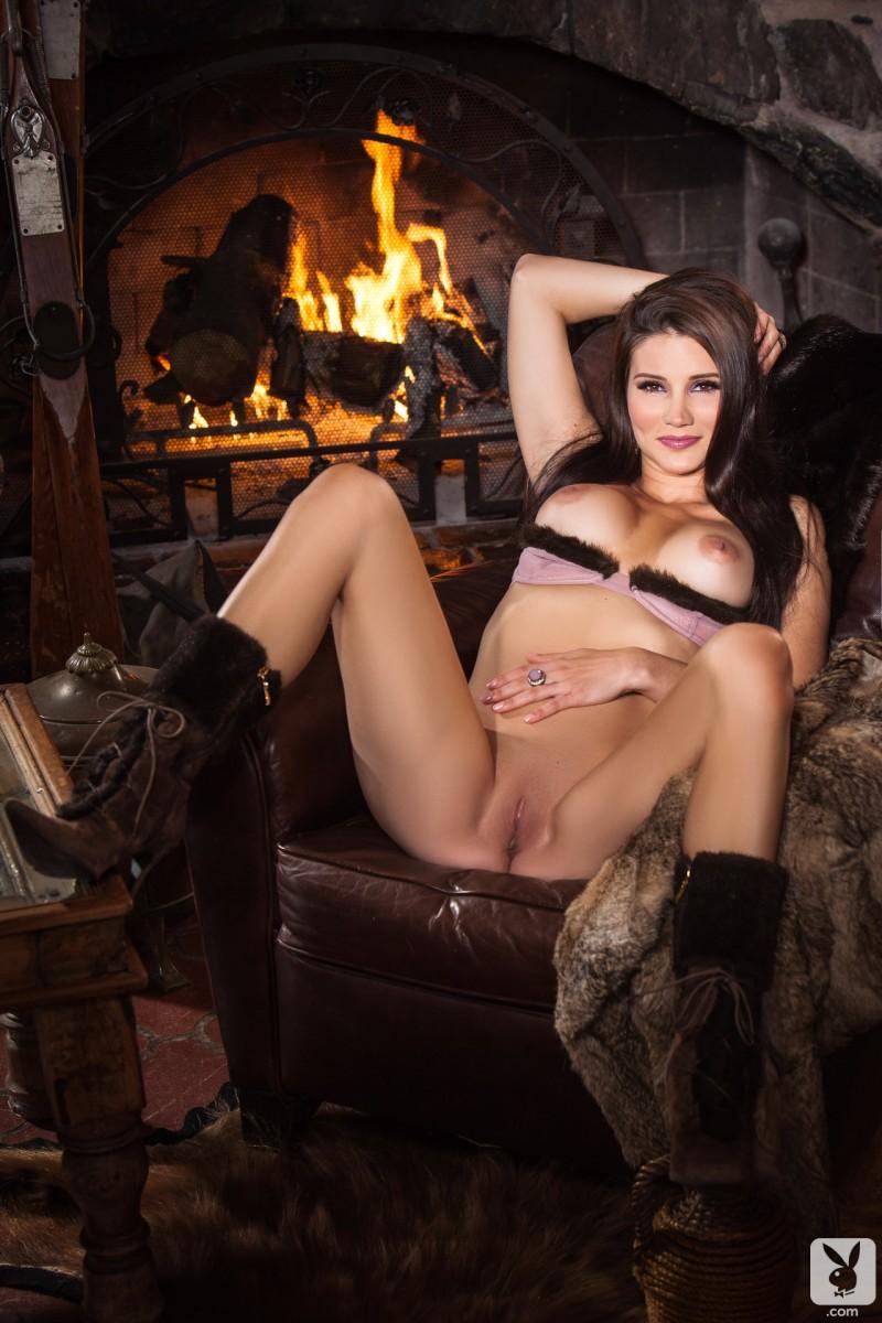 Has Erika Eleniak ever been nude  Nude Celebrities