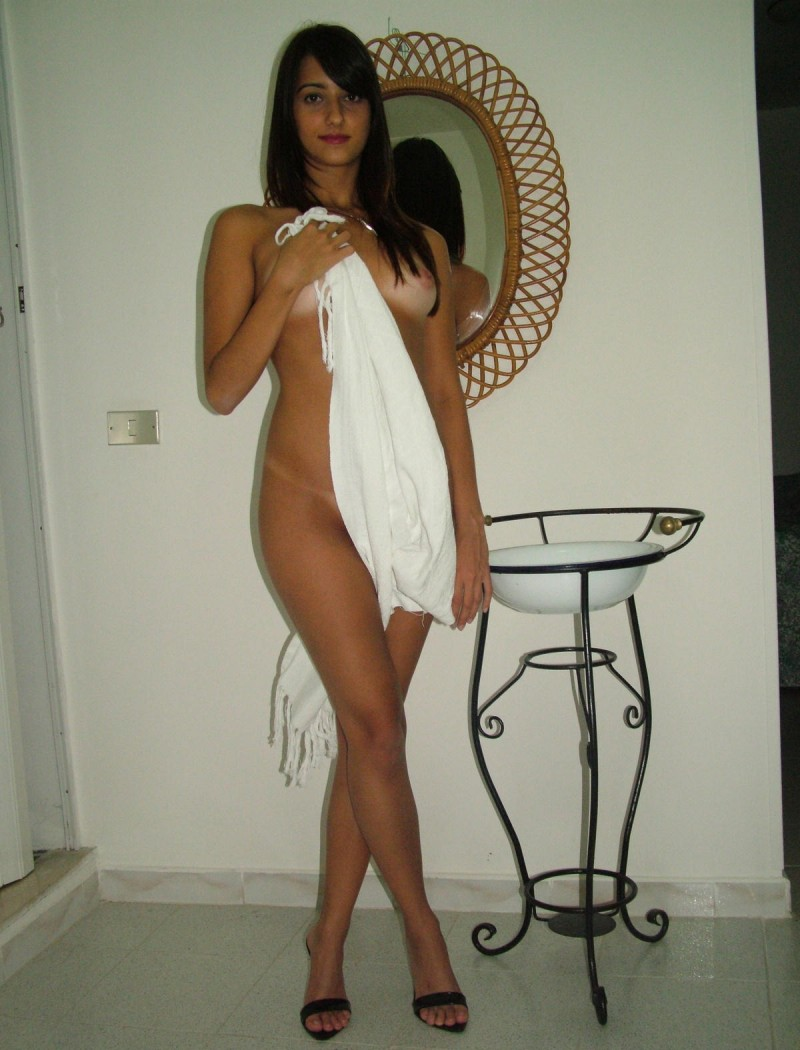 Pakistani wife nude pic