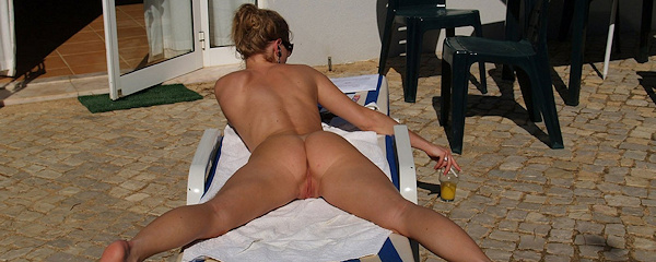 Eva G – Naked holidays
