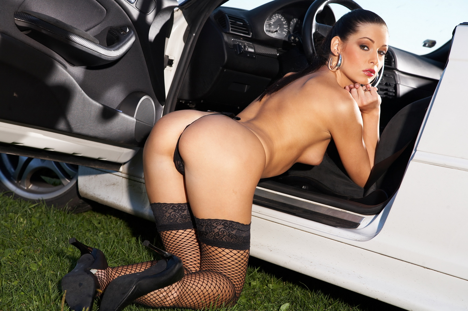 Порно девушки чулки авто, порно видео писклявых телочек