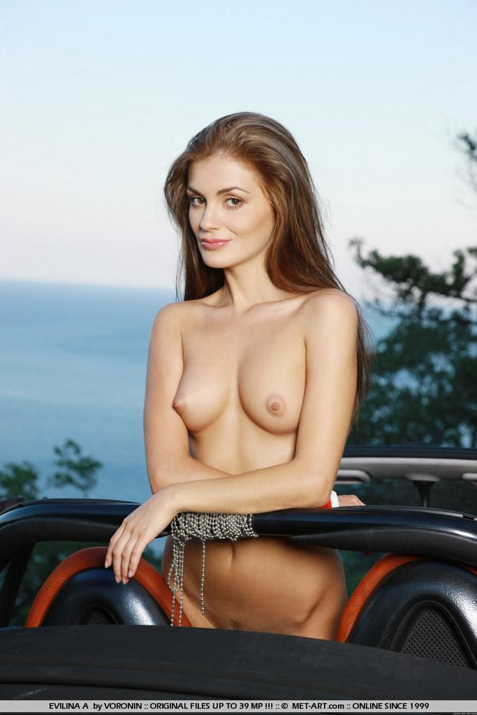 evilina-a-nude-in-smart-cabrio-skinny-metart-11