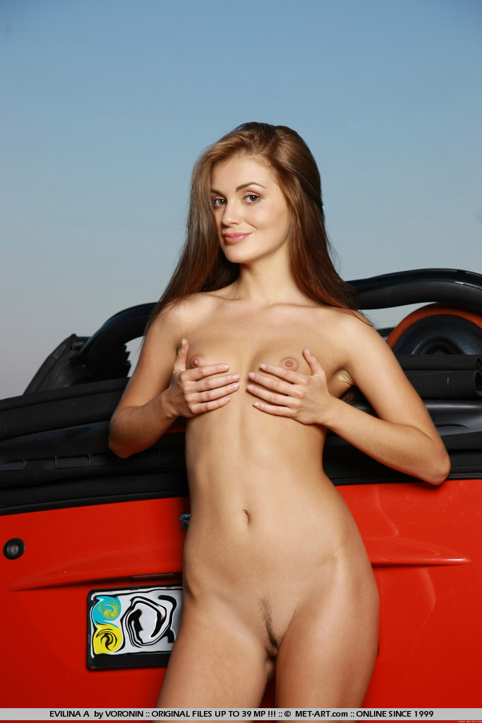 evilina-a-nude-in-smart-cabrio-skinny-metart-18