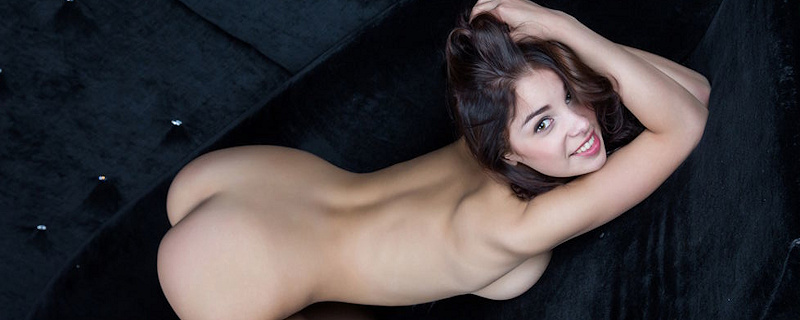 Evita Lima – VIP Room