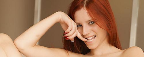 Fabulous redhead Ariel