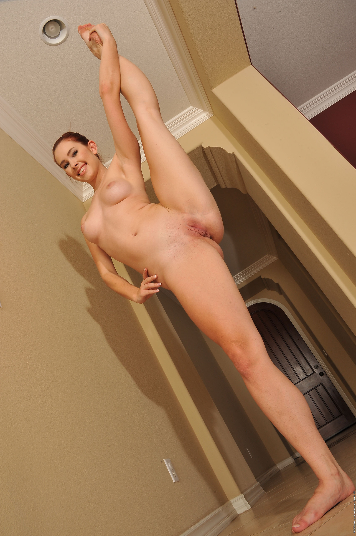 flexible-nude-girls-gymnast-splits-fetish-mix-vol2-11