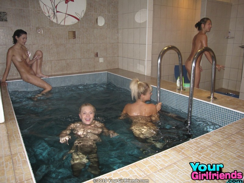 naked-girls-spa-day-nude-using