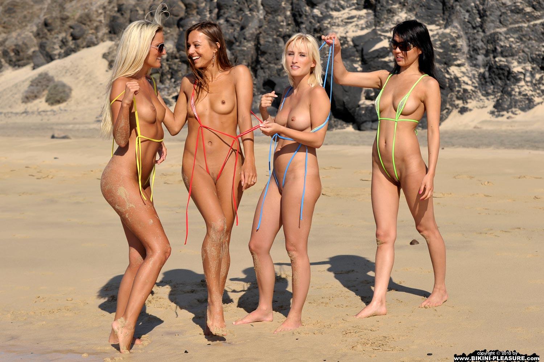 hot-naked-bikini-girls-making-out-free-sex-gams