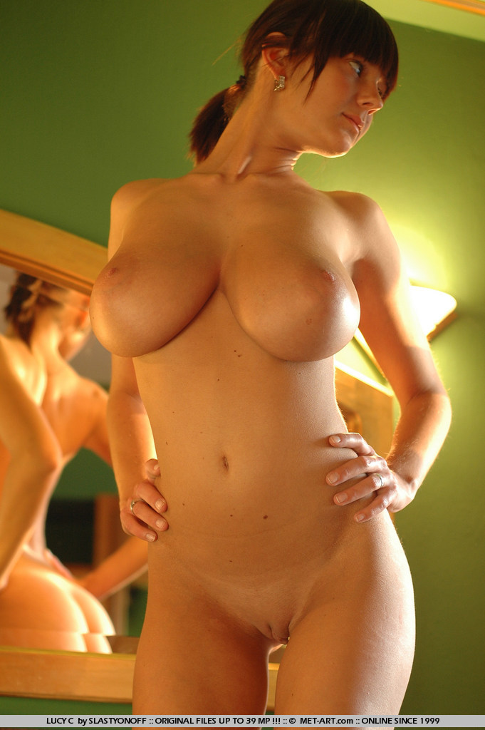 lucy-c-huge-boobs-nude-sunlight-met-art-17