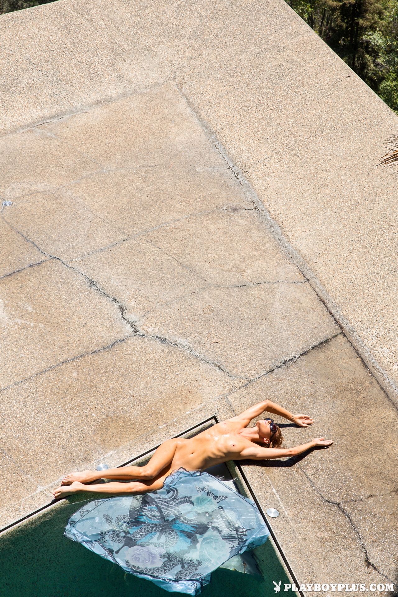 gia-marie-pool-wet-naked-sunglasses-playboy-14