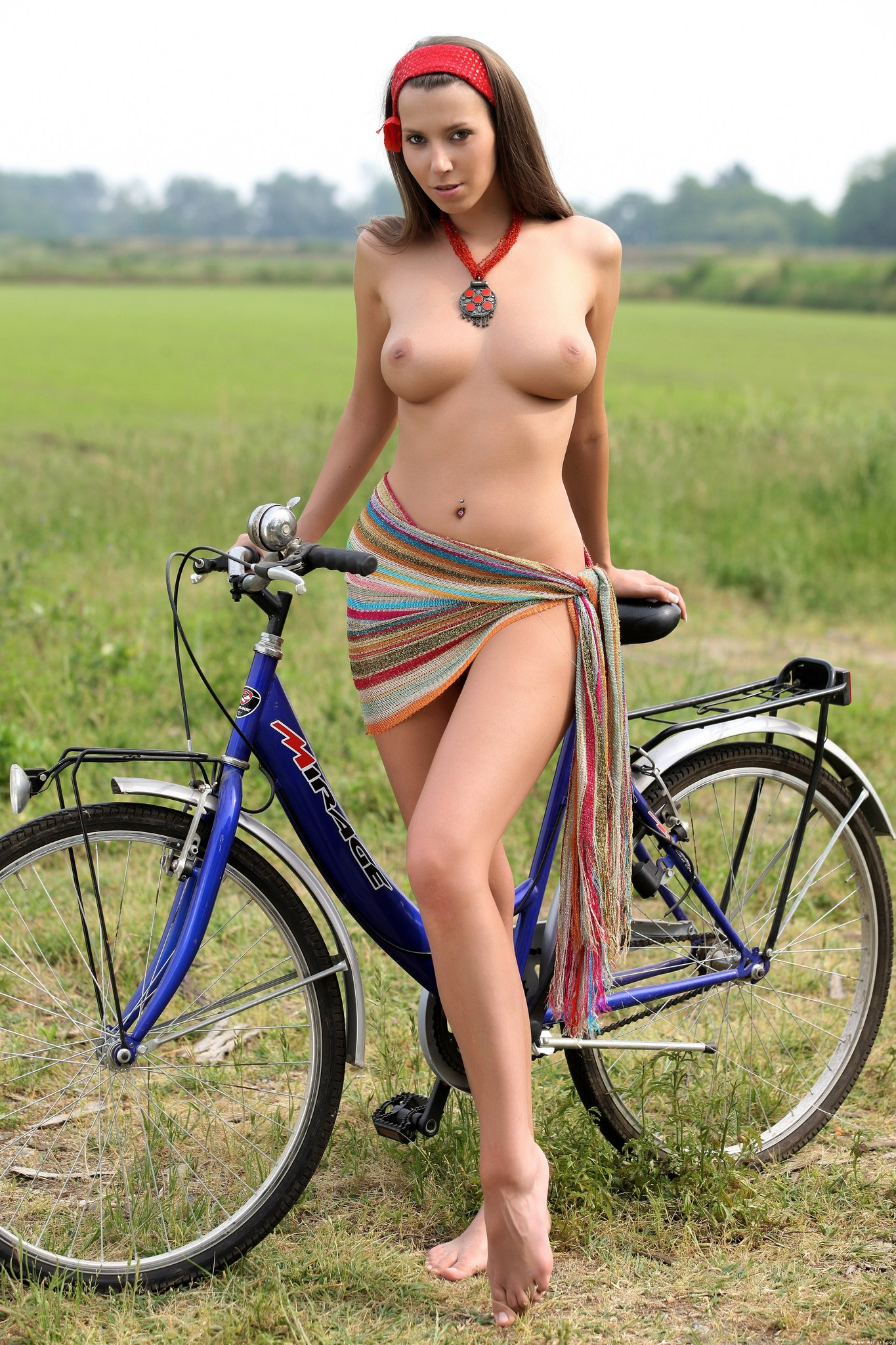 girls-on-bike-pics-femdom-men-in-pain-video-clips