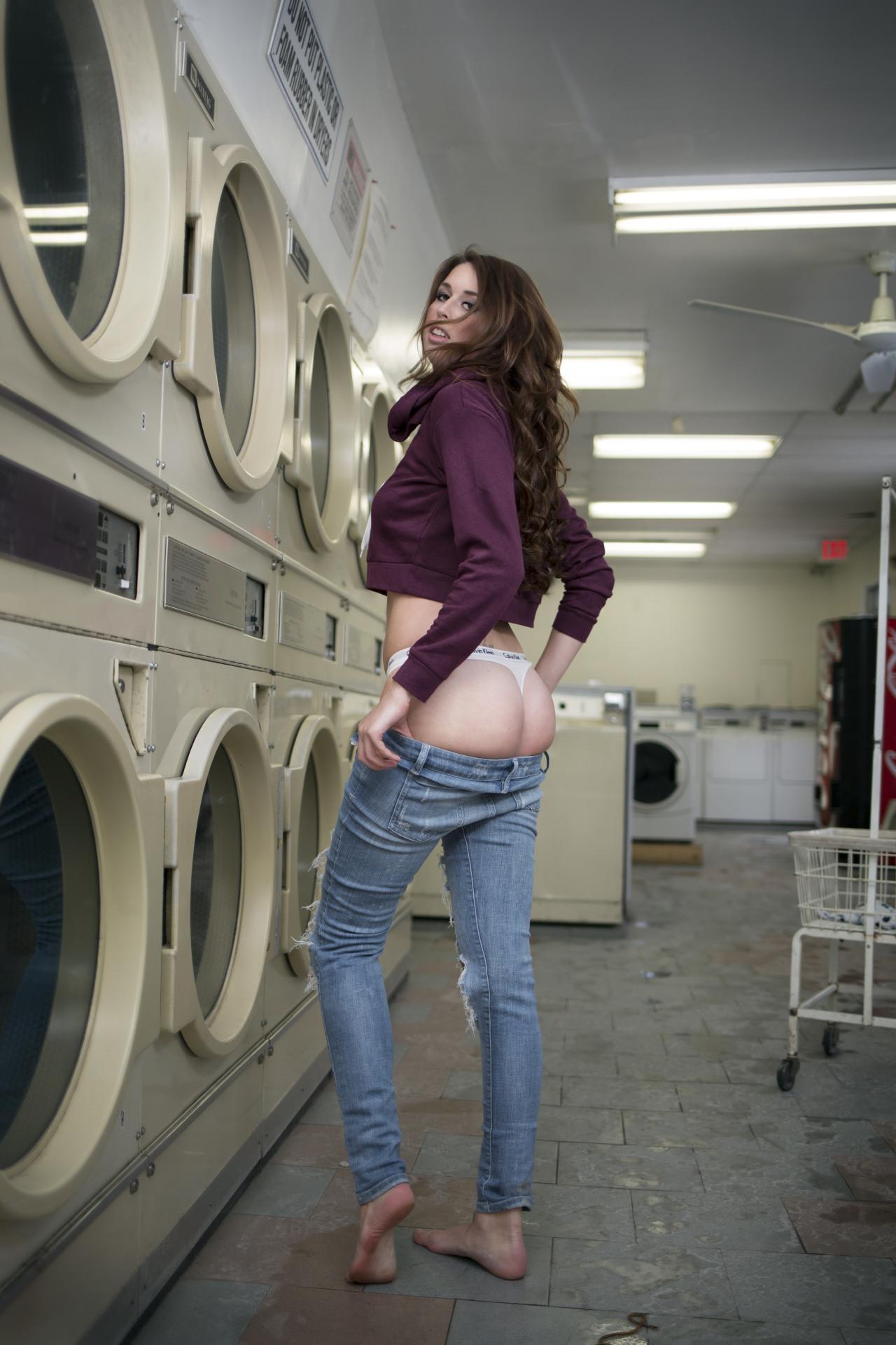 laundry-girls-nude-washing-machine-photo-mix-70