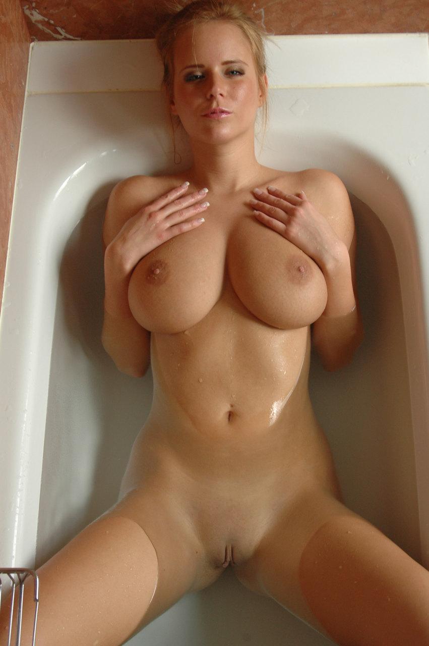 naked-girls-taking-bath-boobs-wet-mix-vol4-14