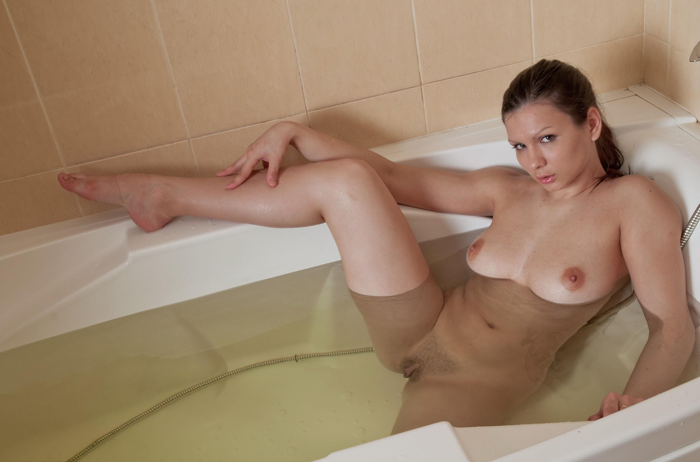 naked-girls-taking-bath-boobs-wet-mix-vol4-85