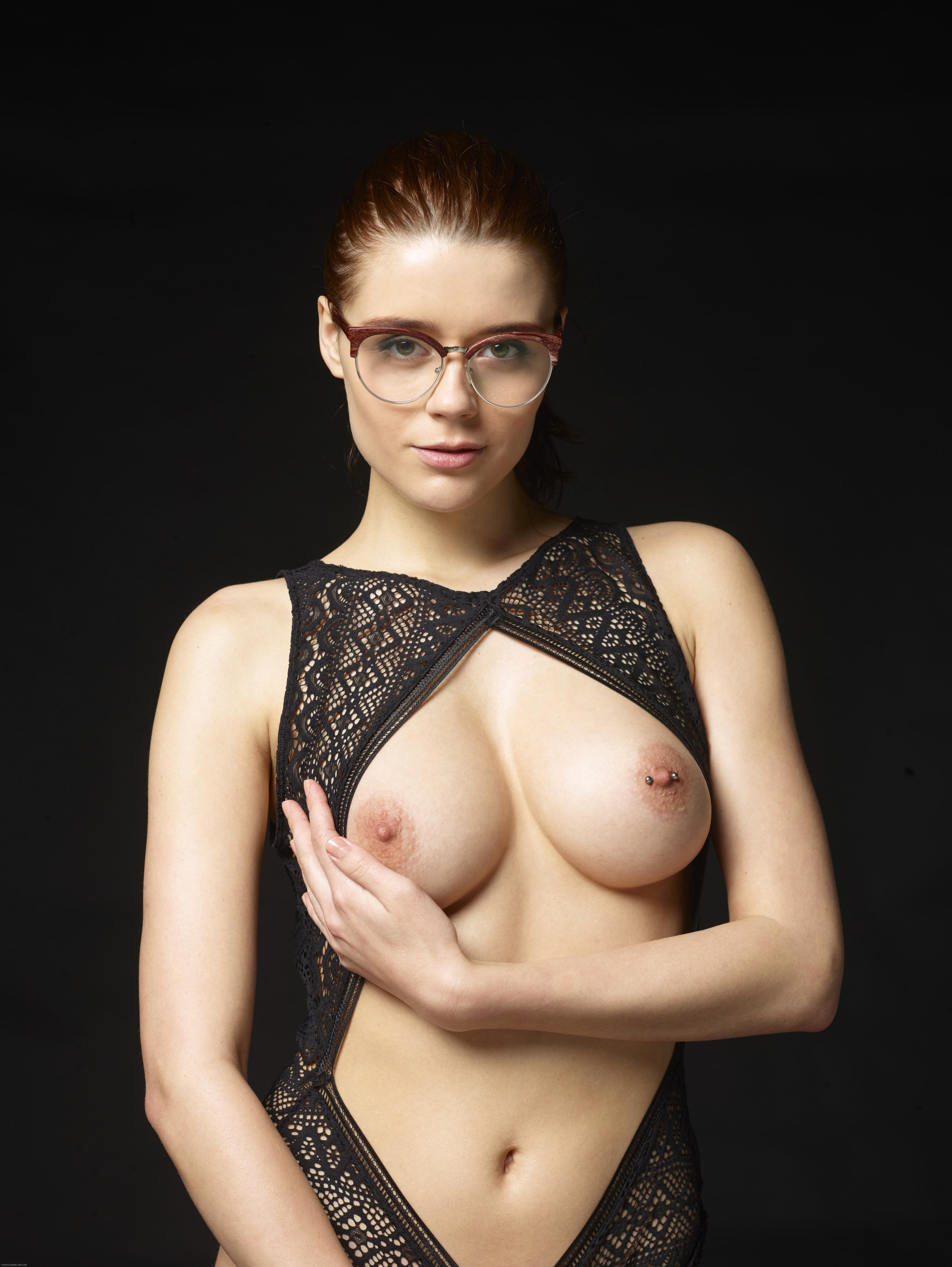 nude-girls-in-glasses-boobs-mix-vol2-10