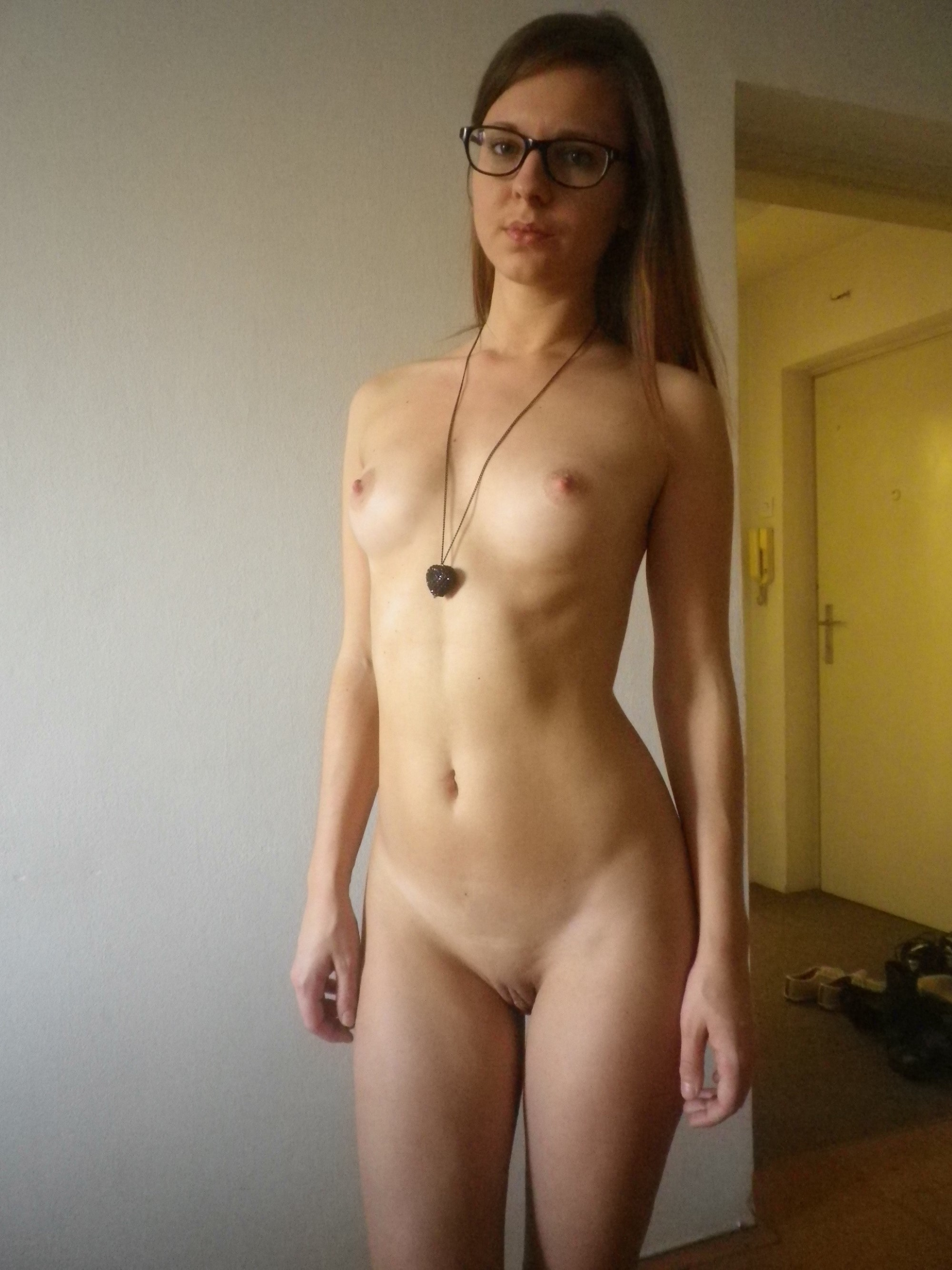nude-girls-in-glasses-boobs-mix-vol2-61