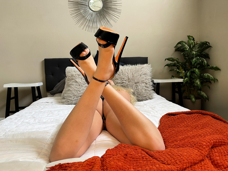 girls-naked-high-heels-pussy-mix-vol2-24