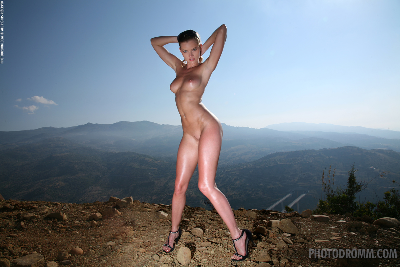 girls-naked-high-heels-pussy-mix-vol2-67