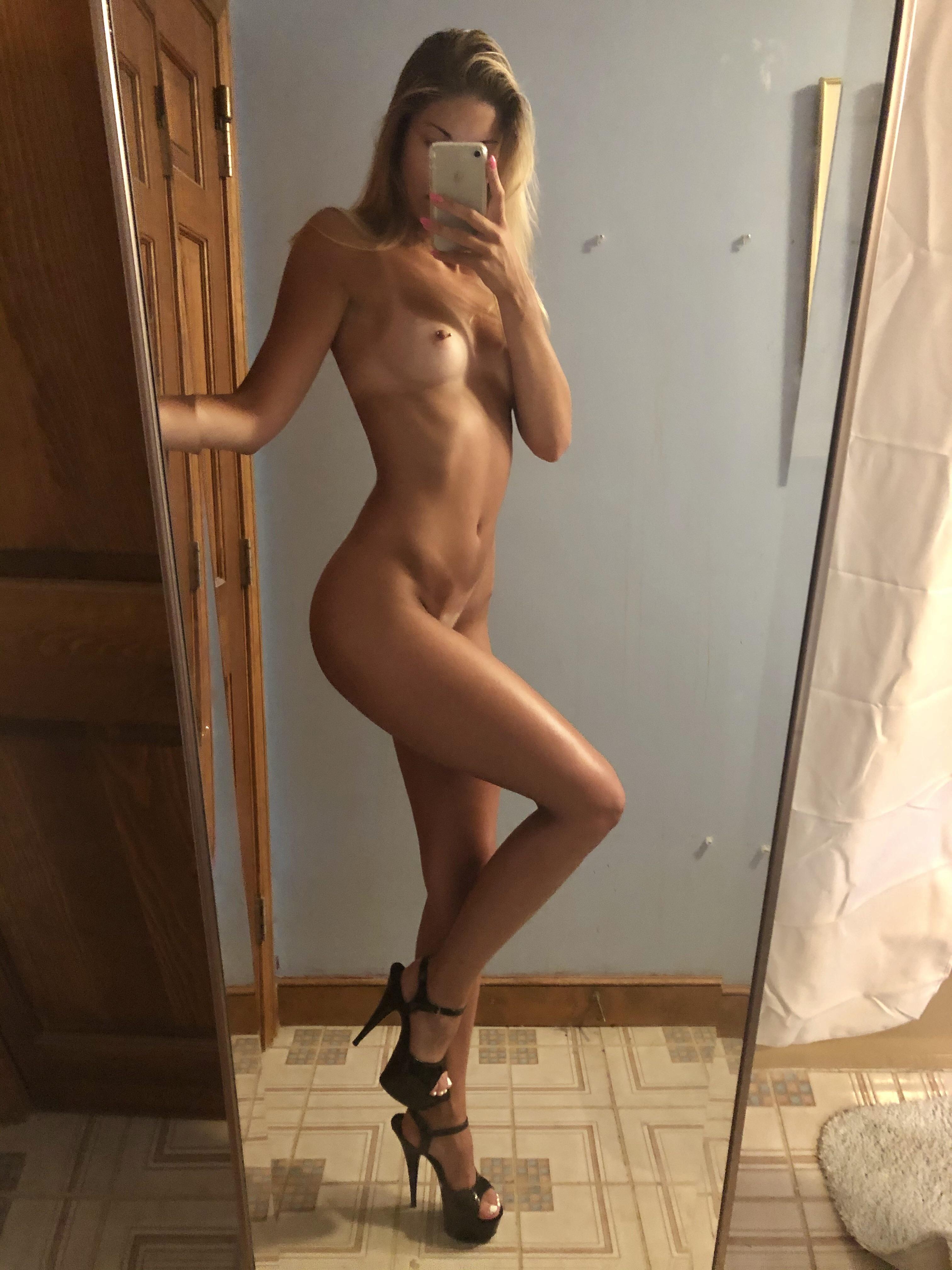 girls-naked-high-heels-pussy-mix-vol2-86