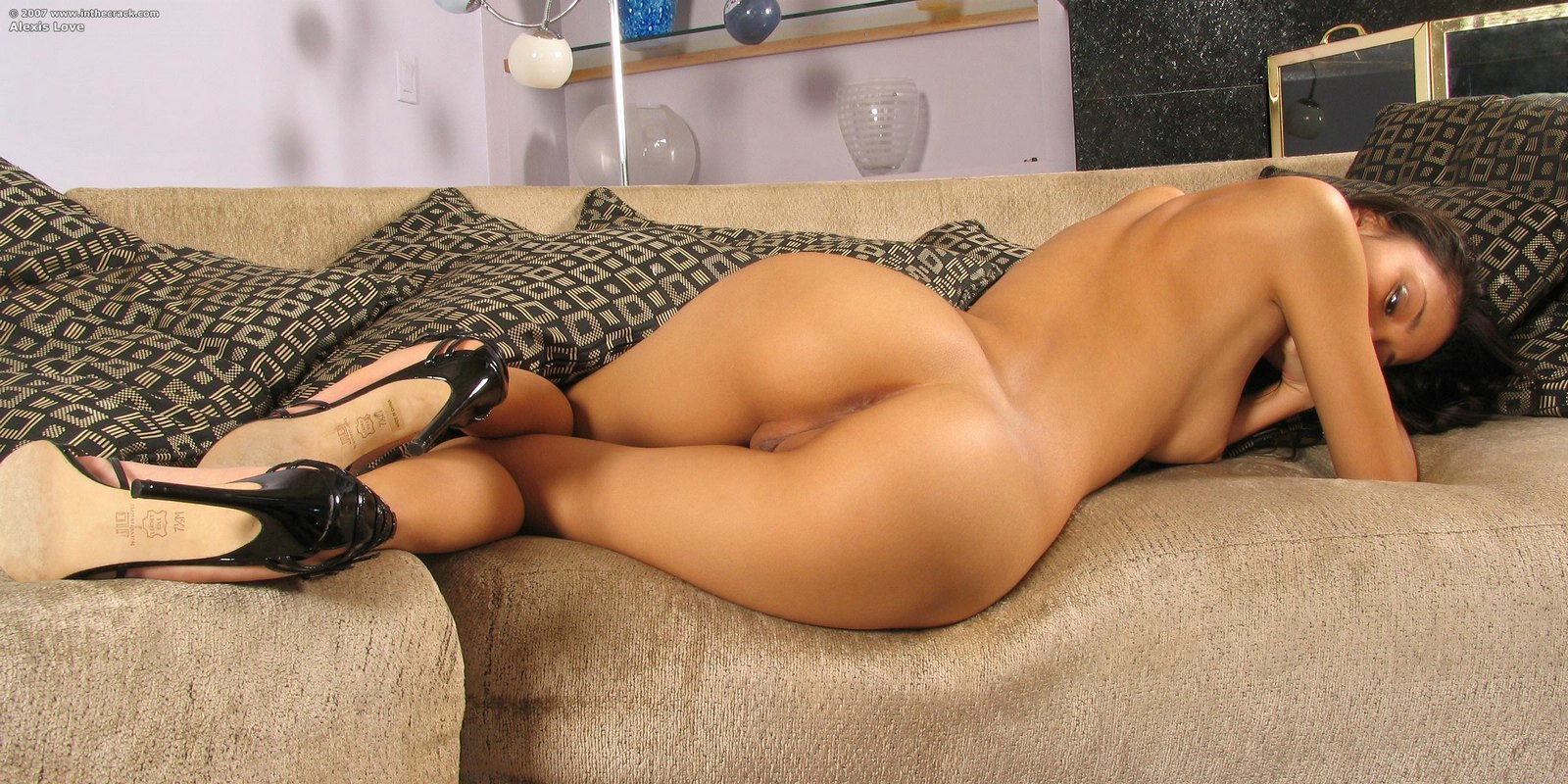 nude-girls-only-in-high-heels-mix-40