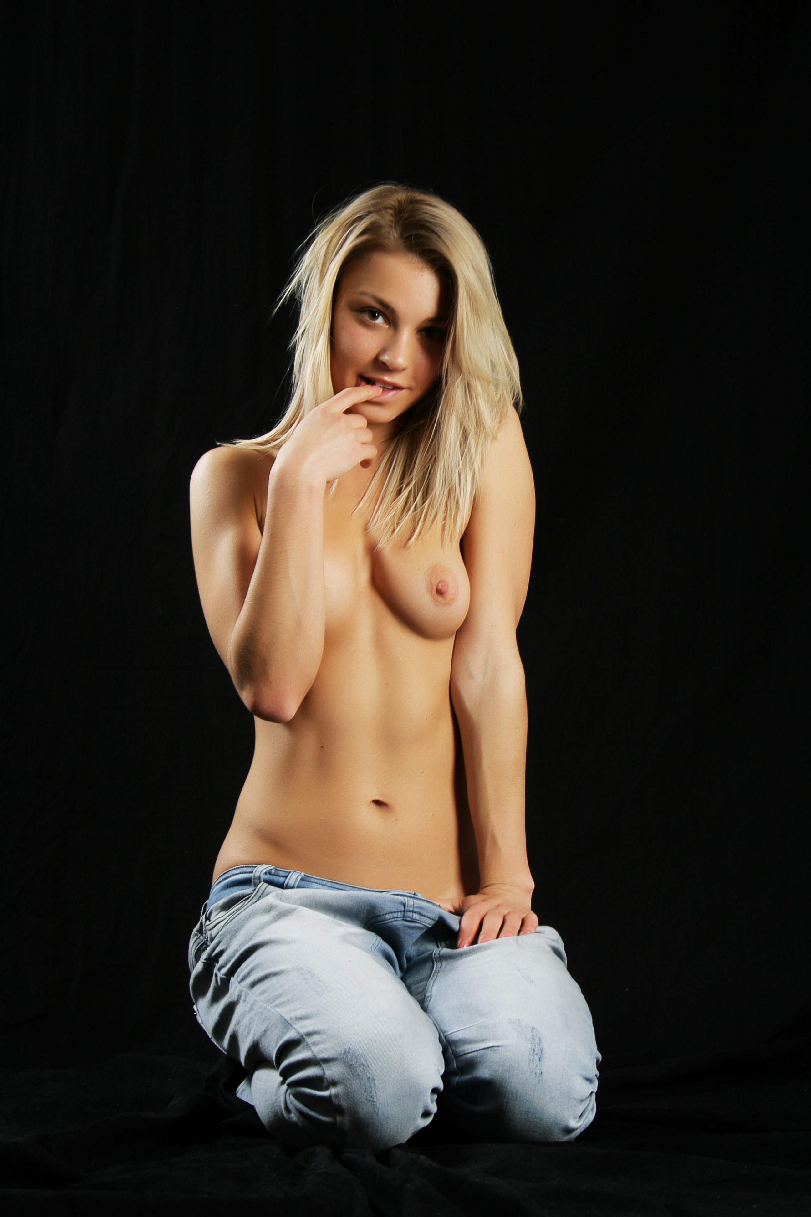 sexy-jeans-naked-girls-mix-vol7-64