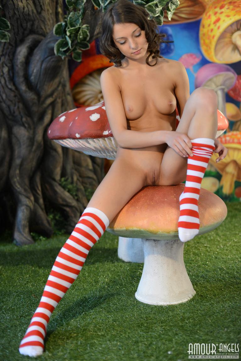 nude-girls-socks-fetish-vol3-mix-32