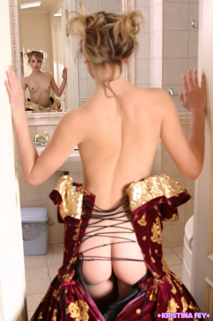 girls-in-the-mirror-83