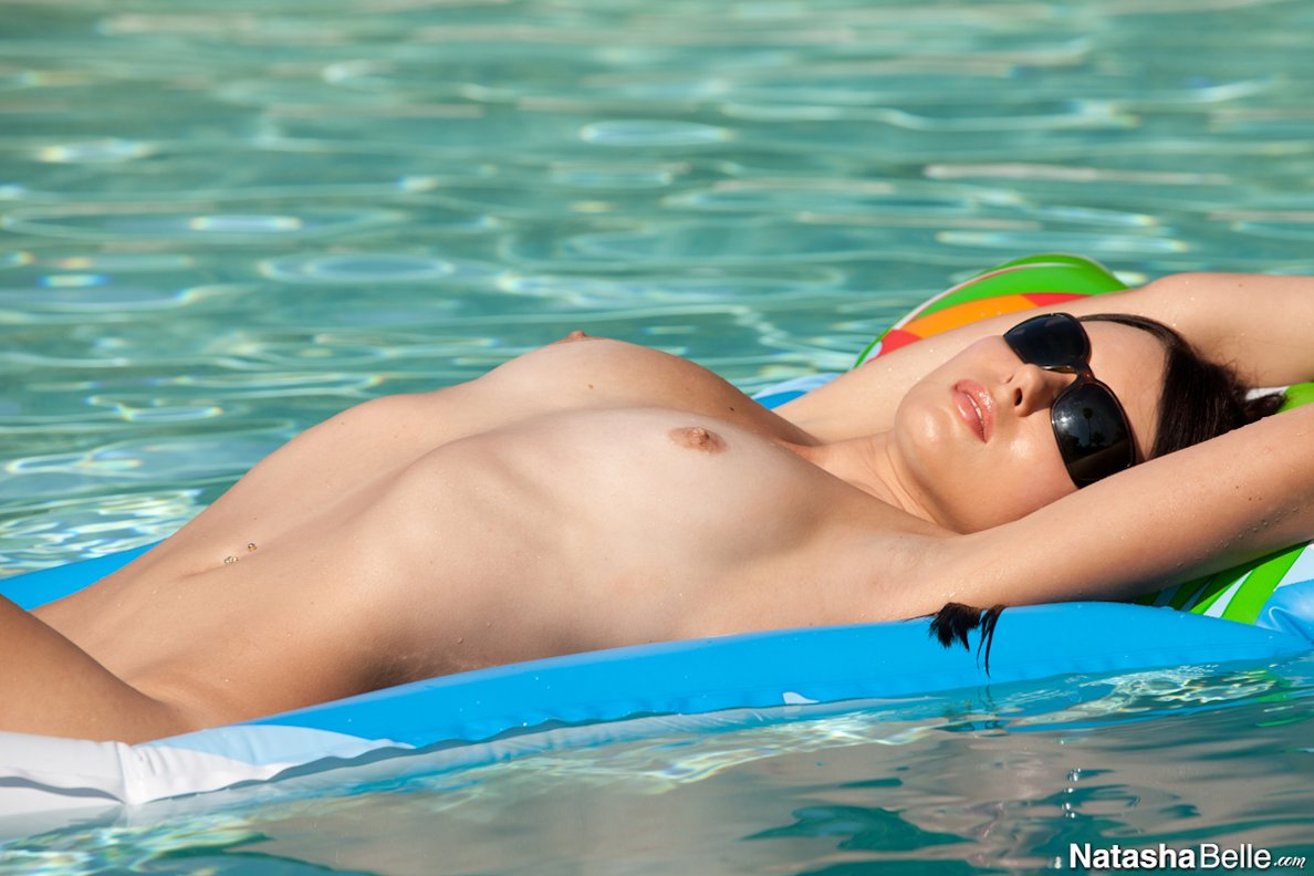 Naked Girls In The Pool Vol5 81 Redbust-7402