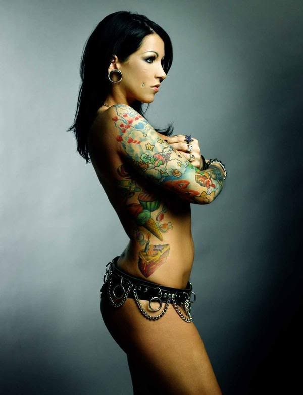 girls-with-tattoos-44