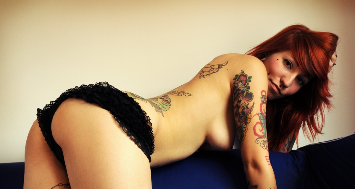 girls-with-tattoos-75
