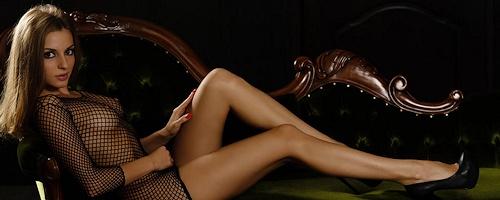 Giulia – Black fishnet & high heels