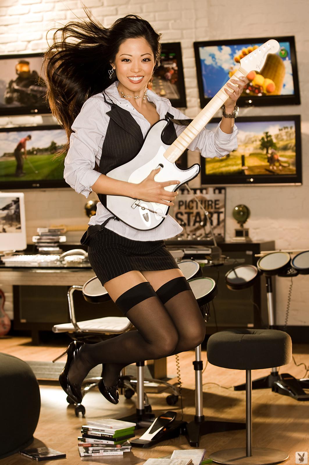 grace-kim-guitar-stockings-naked-asian-playboy-01