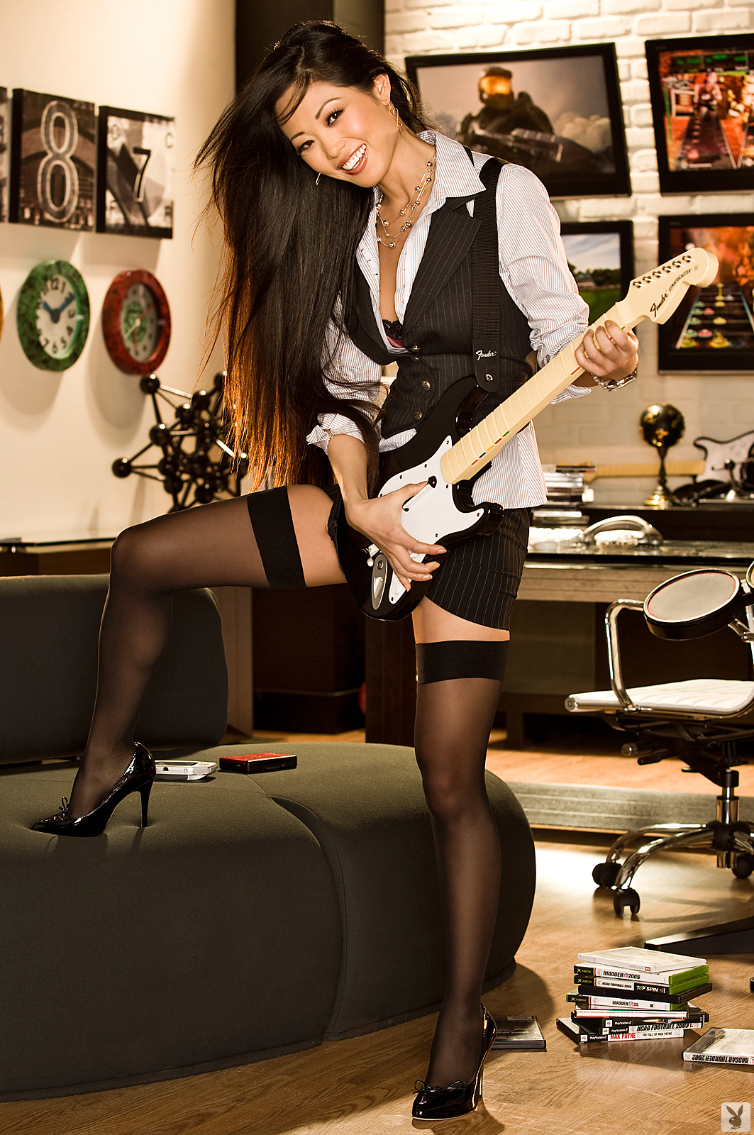 grace-kim-guitar-stockings-naked-asian-playboy-03