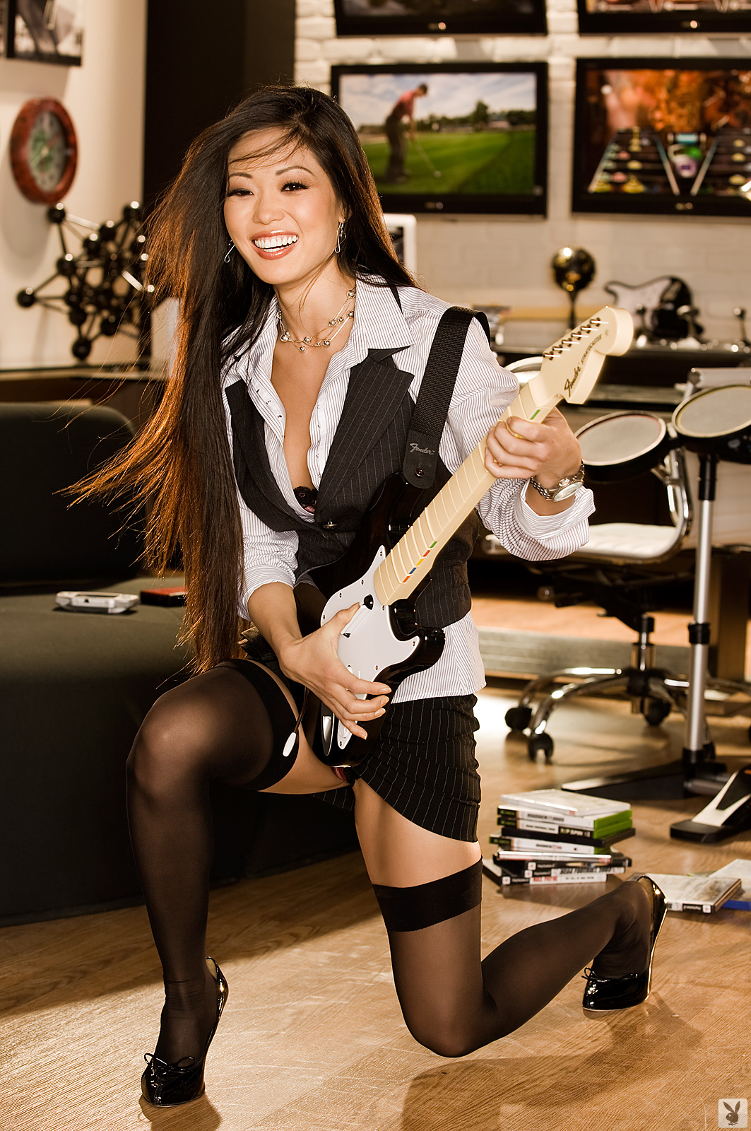 grace-kim-guitar-stockings-naked-asian-playboy-05