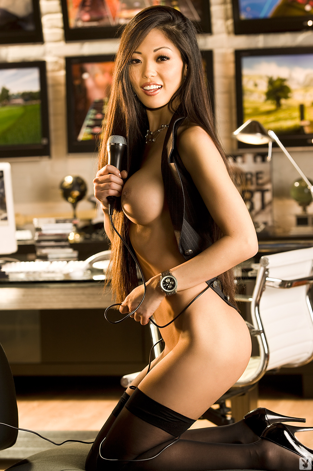 grace-kim-guitar-stockings-naked-asian-playboy-15
