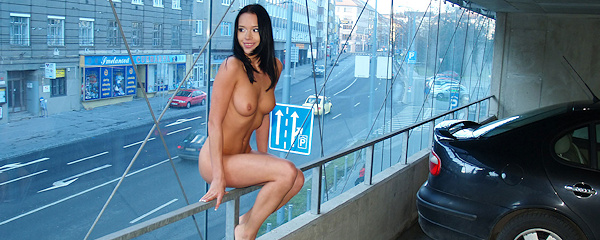 Gwen naked in the car park