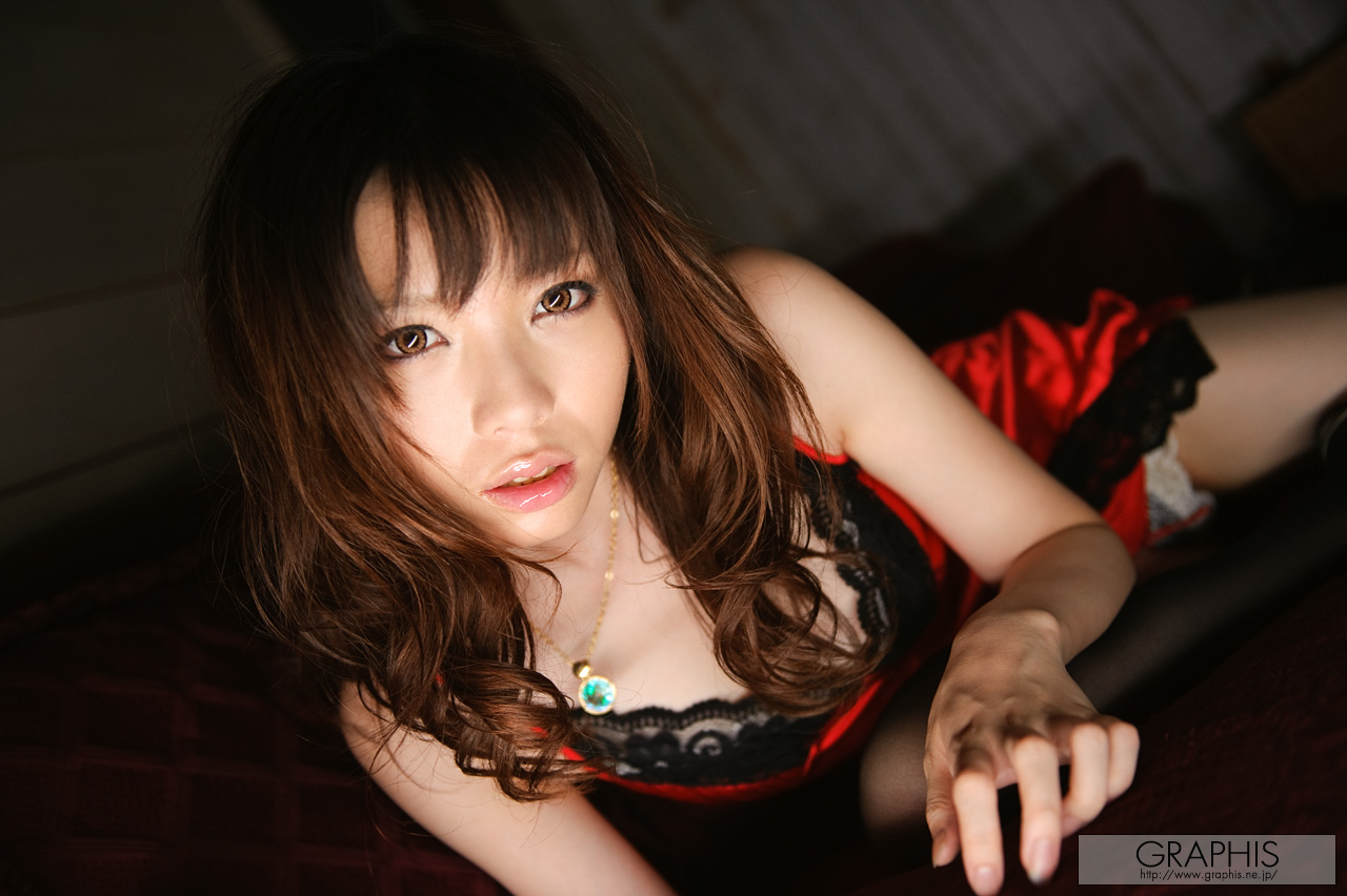 haruka-mana-red-nighty-stockings-asian-naked-graphis-03