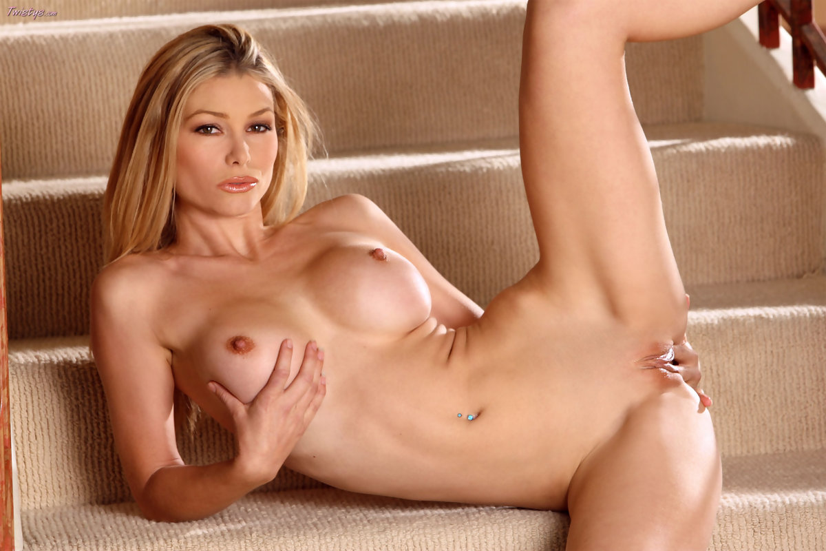 nude-pics-of-heather-tesche