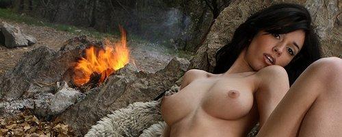 Helen – Campfire