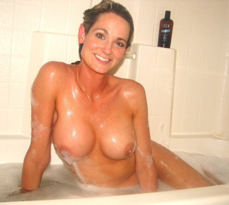 hot-moms-taking-a-shower-naked