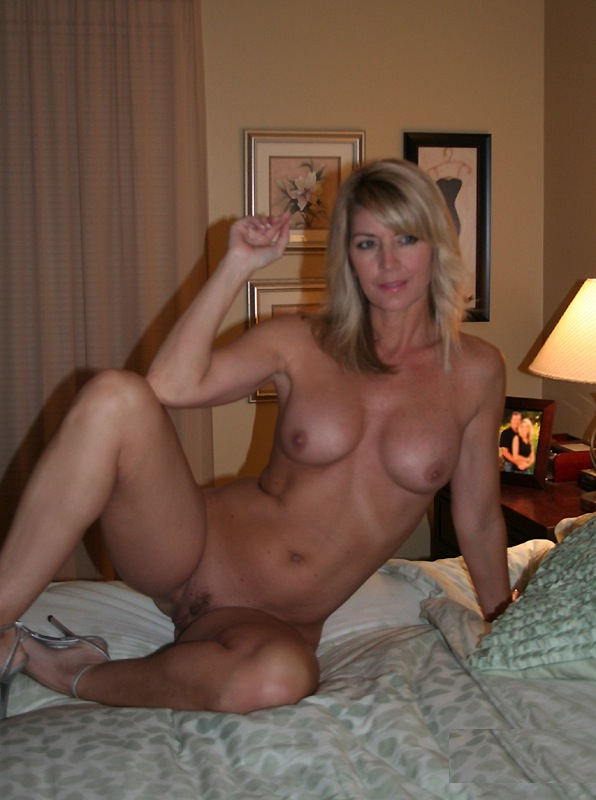 mature mom beach