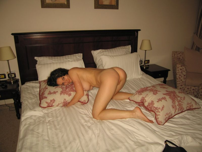 Perfect Body Amateur Wife